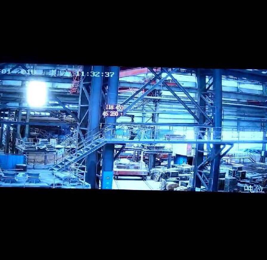 超远距离监控下12寸光感屏幕清晰可见