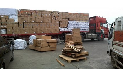 成都4吨防疫物资运抵武汉,驰援火神山医院建设