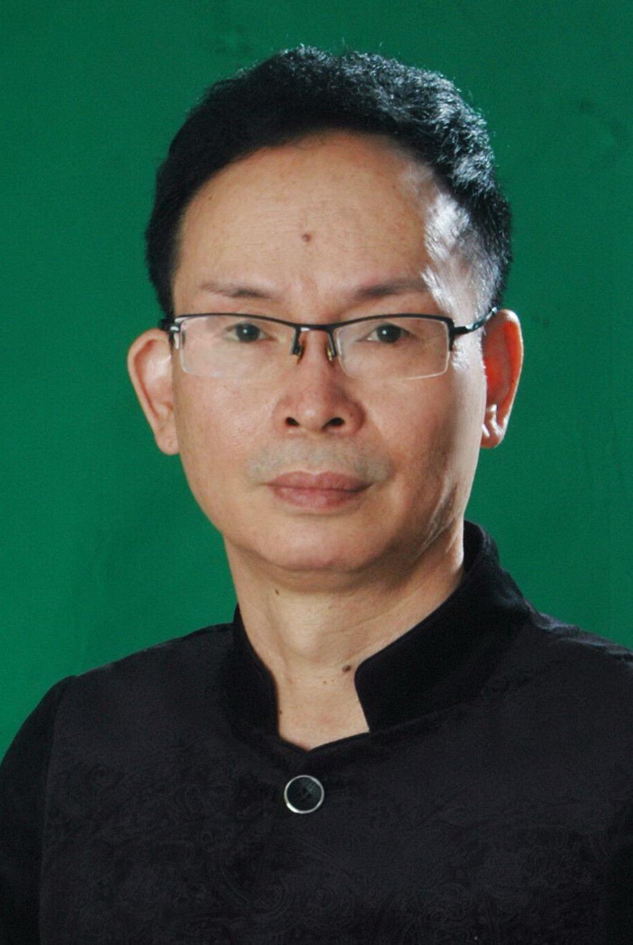 广东汕头馆馆长:方展华