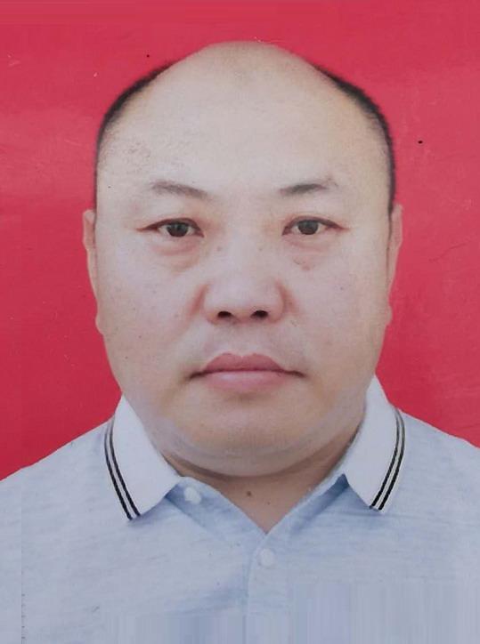 理事兼花鸟艺委会副主任:杨永刚