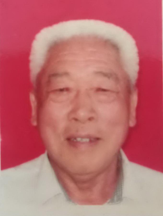 青岛分会副会长: 荆萃玉