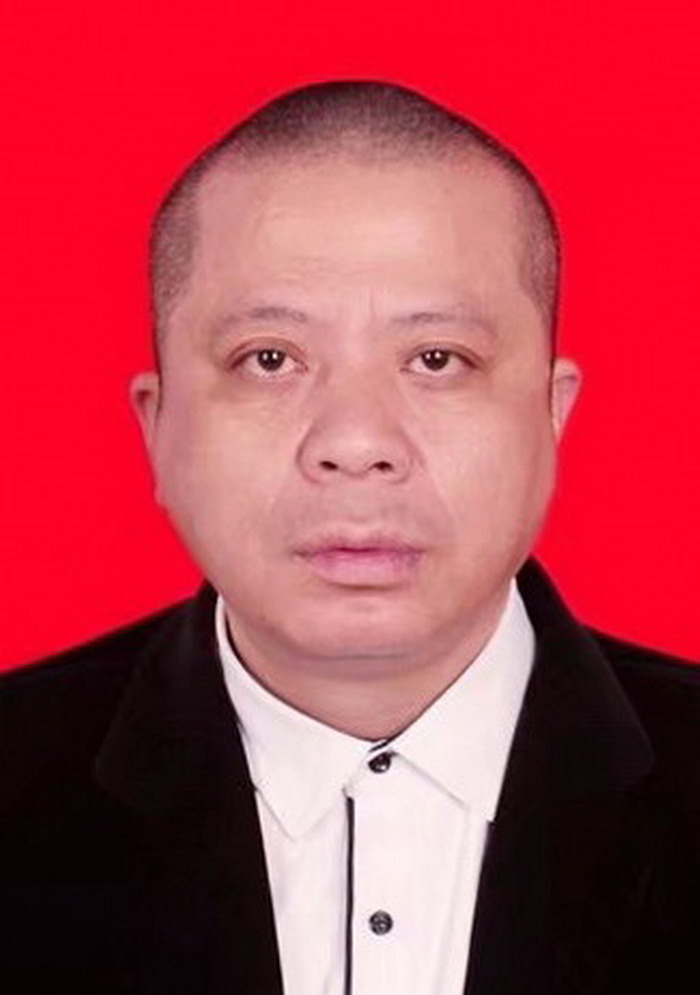 汤恩云-中国书画家协会会员