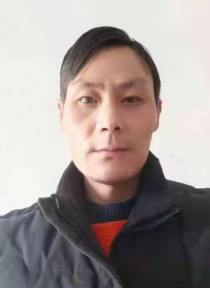 崔亚强,中国书画家协会 会员