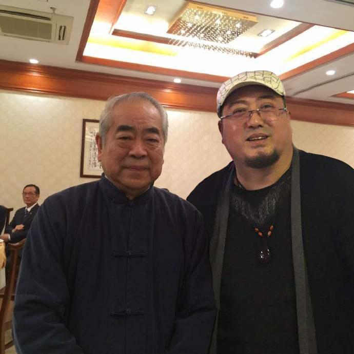 吴熙明和范增老师在一起
