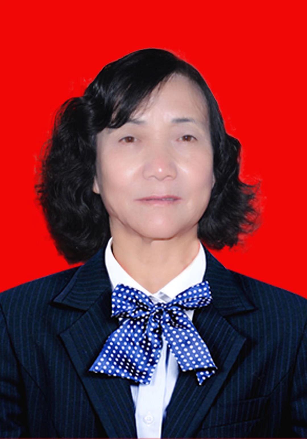 北方重彩石榴画院院长:刘福美