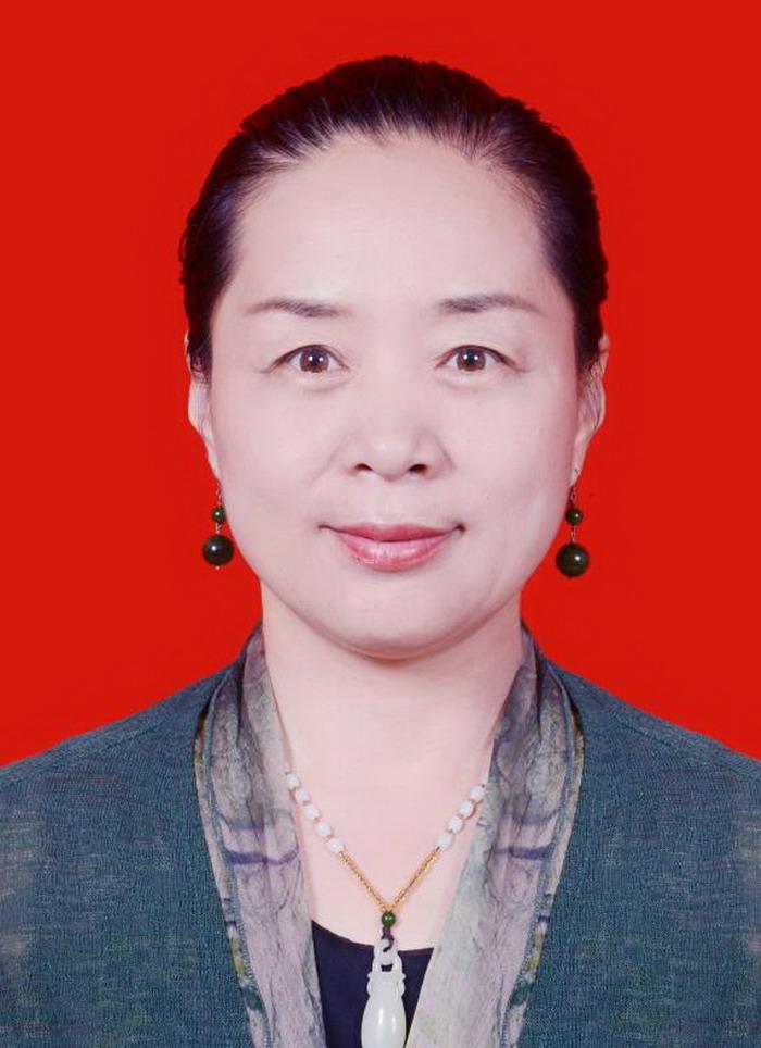鹿艳芳,北京御翰林书画院 重彩石榴北方画院副院长兼副秘书长