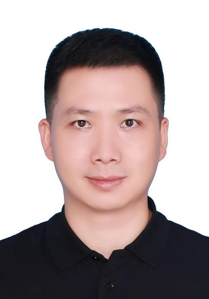 湖南省分会副会长:彭辉明