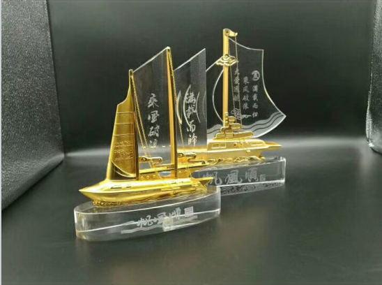 水晶模型制作-乘风破浪